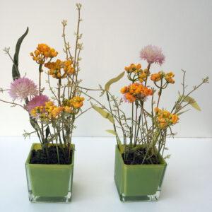 Blumenvasen mit Deko 25 €